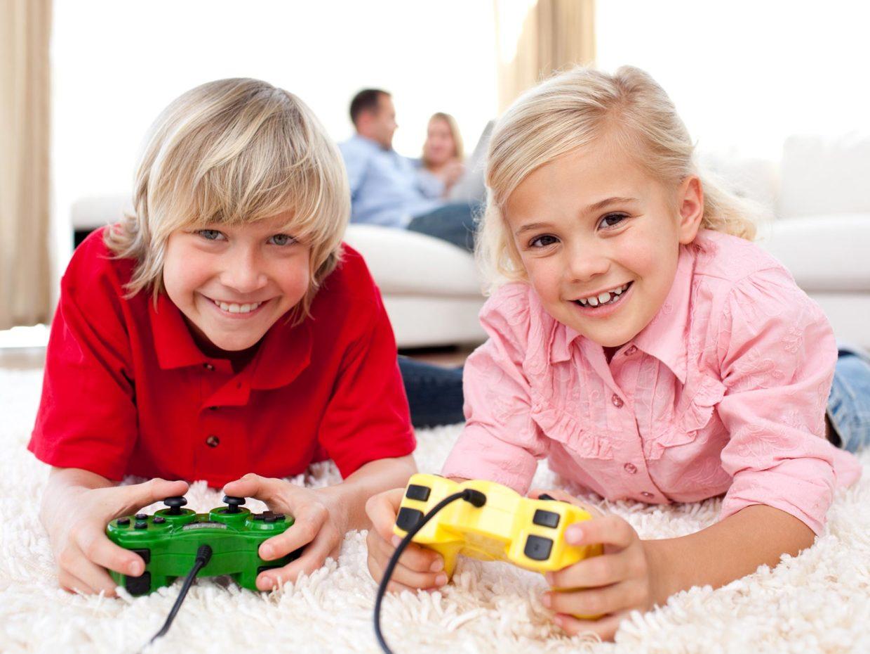 bambini_e_videogiochi_1-1240×930